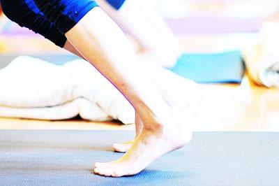 Now Yoga: ヴィンヤサ&陰&リストラティブ